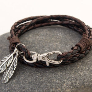 Product_Leather_Bracelet_Feathers.jpg