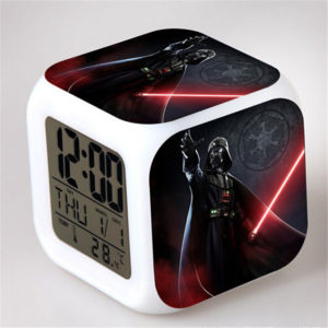 Star-Wars-LED-7-Color-Change-Lightsaber-Digital-Alarm-Clocks-Yoda-Skywalker-Despertador-Star-Wars-Figure.jpeg