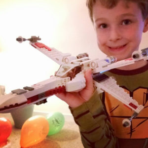 Star-Wars-Red-Five-X-Wing-Fighter-Blocks-Star-Wars-7-The-Force-Awakens-Starfighter-Bricks.jpeg
